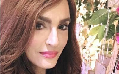 معروف اداکارہ نادیہ حسین کی بغیر میک اپ تصویر سامنے آگئی، دراصل کیسی دکھتی ہیں؟ انٹرنیٹ پر طوفان آگیا کیونکہ۔۔۔