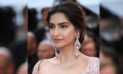 بھارت میں مسلمانوں کیخلاف بڑھتا ہوا تشدد کیا اداکارہ سونم کپور پاکستان آنا چاہتی ہیں یا نہیں؟ ایسا جواب کہ آپ بھی داد دینے پر مجبور ہوجائیں گے