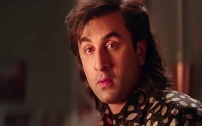رنبیر کپور نے بالی ووڈ کے تمام اداکاروں کو پیچھے چھوڑ دیا ، فلم 'سنجو'نے اتنے پیسے کما لیے کہ رنبیر کپور کے مد مقابل رنویر کپور کوزور دار جھٹکا لگ جائے گا