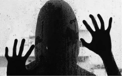 لفٹ کے بہانے خاتون اغوا ، اجتماعی زیادتی ، ویڈیو بنالی