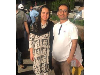 وہ پاکستانی میاں بیوی جنہوں نے ووٹ ڈالنے کے لیے پورے پاکستان سے زیادہ محنت کی، تفصیل جان کر آپ بھی انہیں داد دیں گے