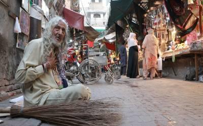 لاہور ہائیکورٹ، مزار بی بی پاک دامن کے اطراف تجاوزات فوری ہٹانے کا حکم