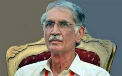 عمران خان جسے وزیر اعلیٰ کے پی کے بنائیں گے قبول ہوگا :پرویز خٹک کی تحریک انصاف میں اختلافات کی تردید