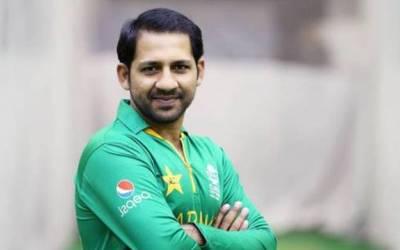 قومی کرکٹ ٹیم کے کپتان سرفراز احمد کی بنی گالہ آمد،عمران خان کو کامیابی پر مبارکباد