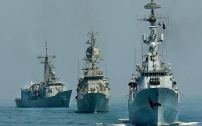 رشین فیڈریشن نیوی ڈے کی تقریبات: پاک بحریہ کے جہاز پی این ایس اصلت کا روسی بندرگاہ سینٹ پیٹرزبرگ کادورہ