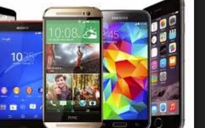 موٹر وے پر گاڑی سے کروڑوں کی مالیت کے موبائل فونز بر آمد ،دو سمگلرز گرفتار