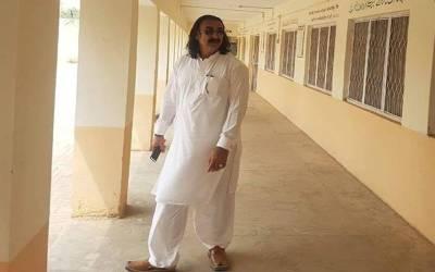 نامعلوم افراد کی فائرنگ ، ایڈیشنل اسسٹنٹ کمشنر ٹانک کرامت اللہ جاں بحق