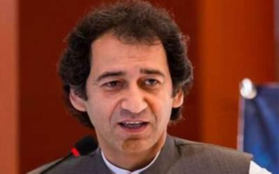 مجھے وزارت اعلیٰ سے متعلق علم نہیں،پارٹی ترجمان میڈیا کو آگاہ کر دیں گے :عاطف خان