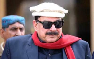 """""""پاکستان کی تاریخ میں پہلی مرتبہ مولانا فضل الرحمان اپنے خرچے پر۔۔۔"""" شیخ رشید نے ایسی جگت لگا دی کہ کسی کی بھی ہنسی نہ رکے"""