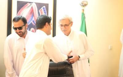 آزادرکن کے پی اسمبلی احتشام جاویداکبر کی جہانگیرترین سے ملاقات، عمران خان سے ملاقات میں باضابطہ شمولیت کااعلان کریں گے