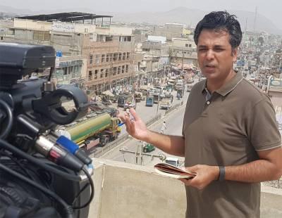 'میرے پروگرام کا یہ حصہ سنسر کردیاگیا اور ۔ ۔ ۔'معروف صحافی طلعت حسین نے سینسر ہونیوالا کلپ سوشل میڈیا پر چلادیا