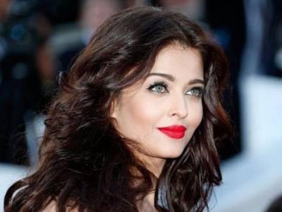 فلم ''پدماوت' 'میں دپیکا پڈوکون سے قبل مجھے آفر کی گئی تھی: ایشوریا رائے کا انکشاف