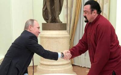 روس نے ہالی ووڈ سٹار سٹیون سیگال کو امریکا کے لئے مندوب مقرر کردیا