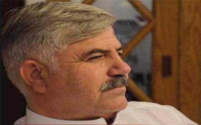خیبر پختونخواہ کے نامزد وزیر اعلیٰ محمود خان کتنا پڑھے لکھے ہیں اور کن کن عہدوں پر فائز رہ چکے ہیں ?وہ باتیں جو آپ جاننا چاہتے ہیں