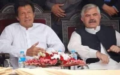 """وزیراعلیٰ نامزد ہونے کے بعد محمود خان نے ایسا شاندار کام کر دیا کہ ہر کسی کی آنکھیں کھلی کی کھلی رہ گئیں، جان کر عمران خان بے اختیار کہہ اٹھیں گے """"شاباش"""""""