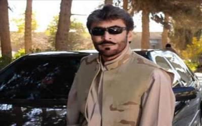 سانحہ مستونگ میں شہید سراج رئیسانی کی قبر پر پرچم کشائی اورپھول چڑھانے کی تقریب ، شہداکوخراج عقیدت پیش کیا گیا