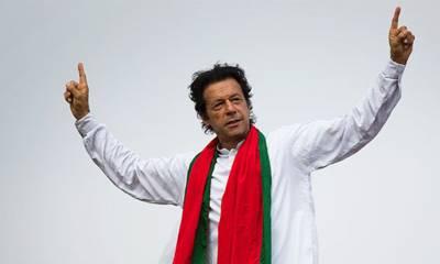 آخری گیند تک میچ ختم نہیں ہوتا : عمران خان کی پارلیمانی اجلاس کے دوران گفتگو