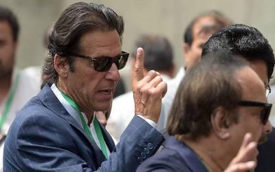 عمران خان کے کزن ذاکر خان کو قومی اسمبلی میں داخلے سے روک دیا گیا کیونکہ۔۔۔ ایسی خبرآگئی کہ آپ کی حیرت کی انتہاءنہ رہے گی