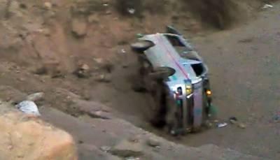 ہری پور:مسافر وین حادثے کا شکار،4افرادجاں بحق،13زخمی