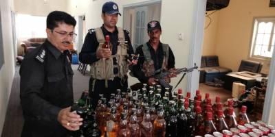 عید الاضحی سے پہلے پسنی میں ایکسائز نے چھاپہ مارکر غیر ملکی شراب اور بئیر برآمد کرلی ،کوئی ملزم گرفتار نہیں ہوسکا
