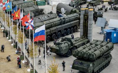 خلا میں ہتھیار بھیجنے میں پہل نہیں کریں گے:روسی نائب وزیر خارجہ