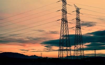 ایران نے پاکستان،افغانستان اور عراق کو بجلی کی فراہمی بحال کر دی