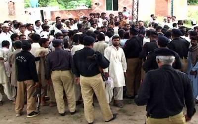 قصور،ٹریکٹر کو راستہ نہ دینے پر دو گروپوں میں جھگڑا،لاٹھیاں اورچھریاں چلنے سے 40 افراد زخمی
