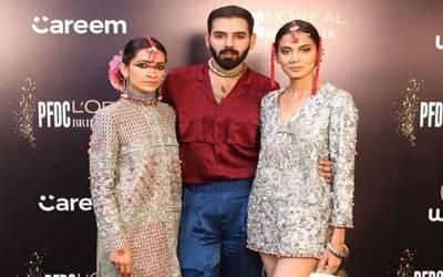 """"""" اگلی عید پر بکرے کی کھالیں ۔۔۔ """" لاہور فیشن شو میں ڈیزائنر نے ماڈلز کو ایسا قابل اعتراض لباس پہنا دیا کہ سوشل میڈیا پر طوفان برپا ہوگیا"""
