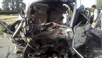 کوٹلی آزادکشمیر:ٹریفک حادثے میں 3 مسافرجاں بحق،20سے زائد زخمی ہو گئے