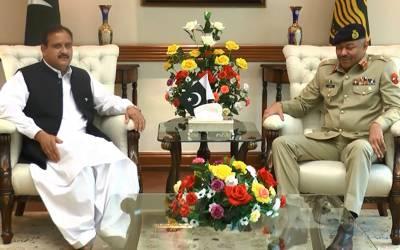 کور کمانڈر لاہور لیفٹیننٹ جنرل عامر ریاض کی وزیر اعلیٰ پنجاب سے ملاقات،باہمی دلچسپی کے امور اور پاک فوج کی پیشہ ورانہ سرگرمیوں پر تبادلہ خیال