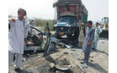 ڈیرہ اسماعیل خان میں ہولناک ٹریفک حادثہ، ايک ہی خاندان كے 7 افراد جاں بحق