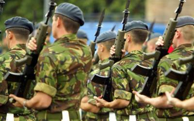 برطانوی فوجی درندے بن گئے ، روزانہ اپنی ہی کتنی خاتون فوجیوں کا ریپ کر دیتے ہیں ؟ انتہائی شرمناک انکشاف منظر عام پر