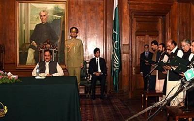 پنجاب کابینہ میں توسیع کی منظوری،10 مزید وزرا کل حلف اٹھائیں گے