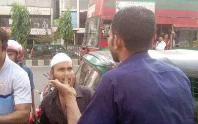 شہادت حسین نے آٹو رکشہ ڈرائیور کی پٹائی لگا دی