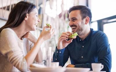 'مرد و خواتین کو شادی کرنے کے لئے وہ لوگ پسند آتے ہیں جو ان کے والدین کی طرح۔۔۔' تازہ تحقیق میں سائنسدانوں نے انتہائی حیران کن راز بتادیا