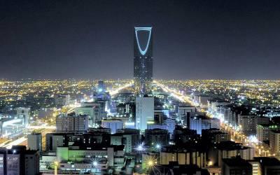 سعودی عرب میں سعودائزیشن مہم، لیبر انسپکٹر غیر ملکیوں کو پکڑنے مارکیٹ پہنچے تو ایسا منظر کہ دیکھ کر دنگ رہ گئے، یہ تو انہوں نے سوچا بھی نہ تھا کہ۔۔۔