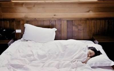 جی بھر کر نیند پوری کرنے کا موقع، وہ نوکری جس میں آپ کو سونے کے بدلے 18 لاکھ روپے ملیں گے