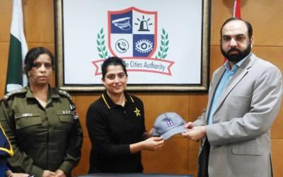 قومی ویمن کرکٹر ثناءمیرپنجاب سیف سٹیز اتھارٹی کی برینڈ ایمبیسڈر مقرر