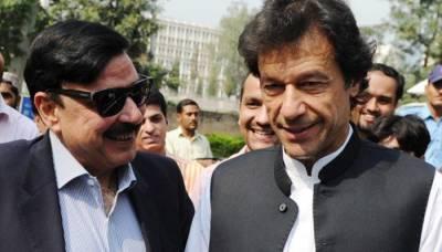 """"""" شیخ صاحب میں آپ کو اس ملک اپنے ساتھ لے کر جاوں گا تاکہ۔۔۔""""وزیراعظم عمران خان نے ایسا اعلان کر دیا کہ شیخ رشید بھی خوش ہو جائیں گے"""