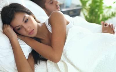 وہ ایک بات جو آدھے سے زیادہ شادی شدہ جوڑے اپنے ہمسفر سے چھپا کر رکھتے ہیں