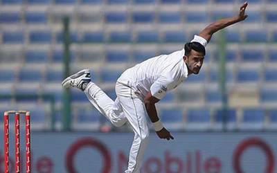 حسن نے بھارتی ٹاپ آرڈرکو اپنے نشانے پر رکھ لیا
