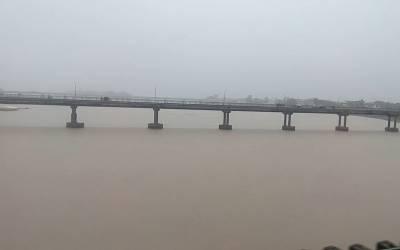 دریائے ستلج اور راوی میں اونچے درجے کے سیلاب کا خدشہ،ہنگامی صورتحال سے نبٹنے کے لئے الرٹ جاری