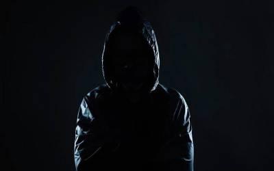 یو اے ای کی قیمتی ترین چیز چرانے کی کوشش پر ایک شخص گرفتار، کیا چرانے کی کوشش کر رہا تھا؟ خوفناک خبر آ گئی