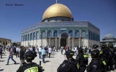 ایک ہزاریہودیوں کی جانب سے مسجد اقصیٰ کی بے حرمتی،جوتوں سمیت قبلہ اول میں گھس گئے