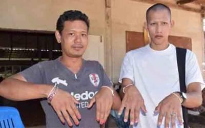 اس گاؤں کے مرد اپنے ناخنوں پر لال رنگ کیوں لگا کر پھرتے ہیں؟ وجہ اتنی خوفناک کہ جان کر مردوں کے واقعی رونگٹے کھڑے ہوجائیں