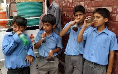 سندھ کے تمام تعلیمی اداروں میں کولڈ ڈرنکس اور فلیور ڈرنکس پر پابندی عائد