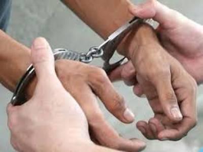 پشاور:20سے زائد بچیوں سے زیادتی کرنے والا ملزم گرفتار