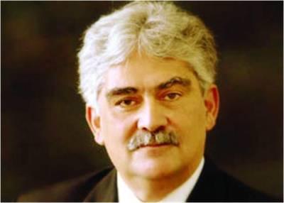 حکومت گھر بنانے کیلئے نہ سرکاری زمین دے اور ناہی بینکوں سے قرض لے :اقتصادی ماہر ڈاکٹر ندیم الحق