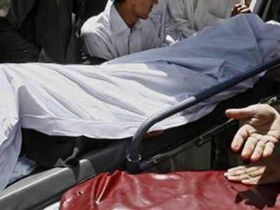 نامعلوم افرد نے45 سالہ شخص کو قتل کر کے لاش گندے نالے میں پھینک دی