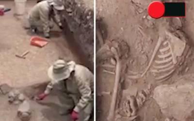 3ہزار سال پرانا قبرستان دریافت، یہاں کون دفن ہے؟ جان کر ہی انسان کانپ اُٹھے